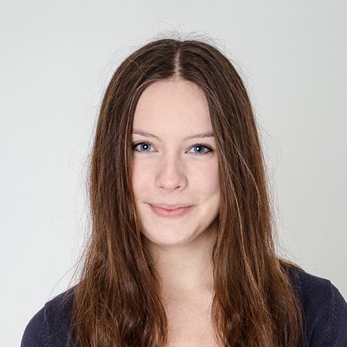 Alina Mendt Portrait
