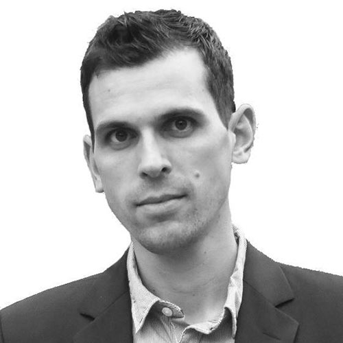 Dr. Jonathan Erhardt Portrait